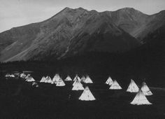 My family had a teepee. We were in a Mountain man club for some years.