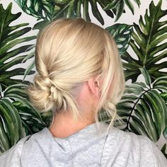 The Top 114 New Shoulder Length Hairstyles & Haircuts to Try This Year 2019 - Hair Styles Haircuts For Medium Length Hair, Medium Hair Styles, Curly Hair Styles, Hairstyles Haircuts, Straight Hairstyles, Hairdos, Updos, Updo Casual, Curled Hair With Braid
