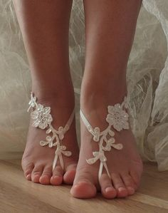 bridal anklet ivory Beach wedding barefoot by WEDDINGGloves