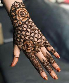 Henna Hand Designs, Dulhan Mehndi Designs, Kashee's Mehndi Designs, Kashees Mehndi, Mehndi Designs Finger, Floral Henna Designs, Latest Bridal Mehndi Designs, Stylish Mehndi Designs, Mehndi Design Photos