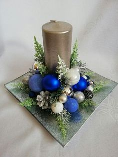 Christmas Candle Decorations, Christmas Flower Arrangements, Christmas Swags, Christmas Flowers, Christmas Candles, Christmas Crafts, Christmas Ornaments, Christmas Decoration Crafts, Rustic Christmas Ornaments
