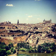 Toledo es muy bonito y es un lugar que podéis visitar en caso de que os guste
