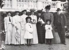 princess thrya | Queen Lovisa with children visiting Dagmar and Alexandra at Hvidøre ...