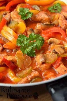 Schab po bałkańsku, schab w sosie, schab duszony w sosie bałkańskim, schab po bałkańsku w sosie pomidorowym, schab na obiad, pomysł na obiad ze schabu. Pork Recipes, Salad Recipes, Diet Recipes, Cooking Recipes, Popeyes Menu, Chicken Menu, Appetizer Recipes, Best Appetizers, Food Design