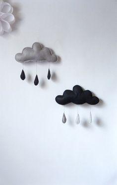 TWO cloud mobiles black and grey by The Butter di leptitpapillon