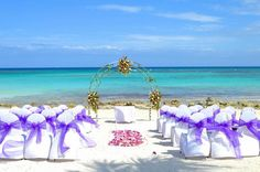 Your #wedding in the #BarcelóMayaBeachResort at the exotic @myrivieramaya will be a romantic event like no other. #BeachWedding