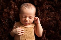 Inspiration for the Baby Photographer Suspender Pants, Newborn Poses, Boy Photos, Photographing Babies, Photo Props, Newborn Photography, Trending Outfits, Knitting, Boys