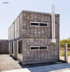Moderna casa caja de bloques de concreto y bajo costo.
