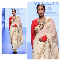#Throwback to our #LakmeFashionWeek show. With #DurgaPujo almost there, we can stop thinking about this jamdani sari with zardosi border, paired with a red blouse. #WeaversStudio #Kolkata #Handwoven #IndianTextiles