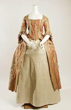 18th century Spanish(?) Robe à la française at the Metropolitan Museum of Art, New York