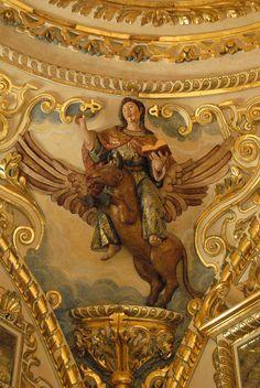 Golden Santo Oaxaca