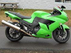 2009 Kawasaki Ninja ZX-14 www.cyclecrunch.com