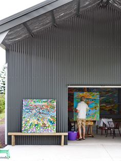 Artist Colin Pennock in his studio, nestled in the Noosa Hinterland in Queensland. Photo – Toby Scott for The Design Files. Claude Monet, Artist Art, Artist At Work, Pablo Picasso, Abstract Landscape, Abstract Art, Painters Studio, Art Studio Design, Picasso Paintings