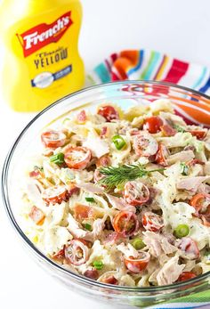 tuna and bacon pasta salad recipe -- part of The Best Picnic and Potluck Recipes Healthy Pasta Salad, Pasta Salad Recipes, Ham Salad, Potluck Recipes, Healthy Dinner Recipes, Potluck Ideas, Potluck Dishes, Keto Recipes, Vegetarian Recipes