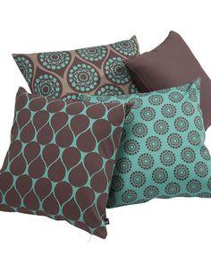 Resultado de imagem para estampas almofadas Decor, Homeware Furniture, Throw Pillows, Sofa Covers, Deco, Home Decor, Pillows, Pillow Art, Pillow Covers