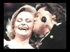 Juan Gabriel a Rocío Dúrcal - Te recuerdo dulcemente - HOMENAJE - YouTube