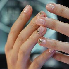 Nail Art Designs 💅 - Cute nails, Nail art designs and Pretty nails. Pink Nails, My Nails, Matte Nails, Sparkly Nails, Oval Nails, Red Nail, Gold Nails, Nail Nail, Nail Art Designs