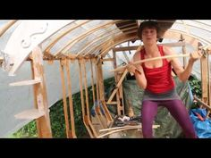 Ik bouw mijn eigen huisje. Op wielen! - YouTube