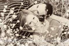 Spring Photo Engagement Pictures, Wedding Engagement, Engagement Session, Spring Photos, Wedding Things, Photo Ideas, Couple Photos, Inspiration, Shots Ideas