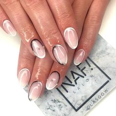 Sleek and sassy set of nails by our babes Amber 🙌💕😍 Book online…