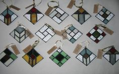 mulligan stained glass ornaments Stained Glass Quilt, Stained Glass Ornaments, Stained Glass Christmas, Stained Glass Suncatchers, Stained Glass Projects, Stained Glass Patterns, Fused Glass, Led Light Projects, Geometric Quilt