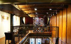 保安捌肆,展覽空間 / 活動場地,台北市大同區,Taipei,在大稻埕傳統的「醫生街」上,有一棟有著灰面洗石子外牆、希臘式對柱以及復古日式木窗的日、洋混合建築,門口掛有大大的「順天外科醫院」招牌,裡面卻傳來陣陣的咖啡飄香。這棟有著90年歷史的老房子,前身是由台灣第一位完成西方醫學教育的原住民謝唐山醫師所創辦的「順天外科醫院」。