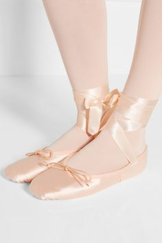 Blush satin Ties at ankle Made in Italy Pointe Shoes, Ballet Flats, Dance Shoes, Satin Roses, Pink Satin, Mary Helen Bowers, Peony Lim, Ballet Beautiful, Pastel Pink
