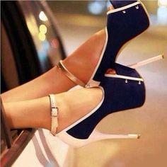 672ef6ca01 Classy navy blue and gold Sapatos Da Moda