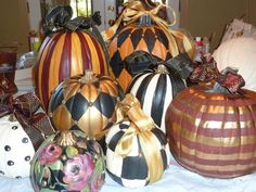 Gorgeous pumpkins for the carving impaired :)