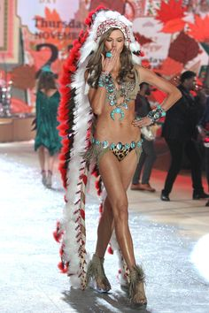 Victorias Secret Apologises Over American Indian Show Outfit (Vogue.com UK) i love it