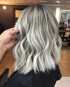 Hair Beauty, Long Bob, Long Hair Styles, Hair Colors, Instagram, Blonde Hair, Contouring, Hair Ideas, Shabby Chic