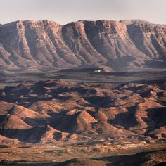 Beautiful Nature Scenes, Beautiful Places, Landscape Photography, Art Photography, South African Art, Mountain Range, Planet Earth, Route 66, Travel