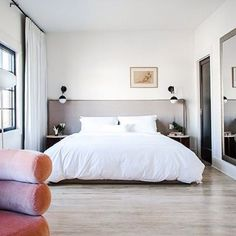 If you #travel to LA, do stay at @hotelcovell in Los Feliz. Petit, charming, and – oh yes – outfitted with our white Sateen bedding.
