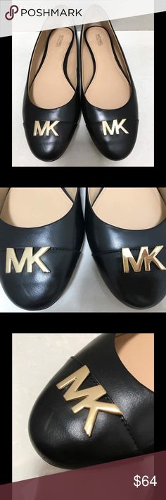 ✨Michael Kors Leather Flats ✨ Authentic flats from MK. They are in used condition and present signs of wear. (One of the shoes has a mark under the MK logo, the MK logo has little scratches in both shoes, both have wear marks on the back). Leather upper and rubber outsole. Michael Kors Shoes Flats & Loafers