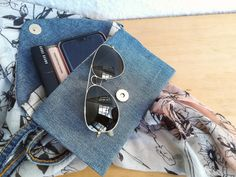 Recycled denim clutch bag with metal clip and arm string. / 8 inches Finnish off any outfit with this classy, yet strangely fashionable clutch bag. Denim Clutch Bags, Clutch Purse, Recycled Denim, Sunglasses Case, Bears, Etsy Shop, Trending Outfits, Wallet, Purses