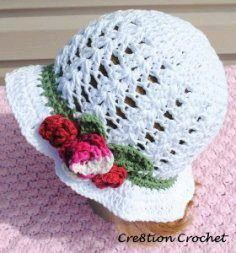 Perfect for spring and Easter, this Lightweight Garden Hat is a great pattern to make for any lady in your life. Adorned with crocheted flowers and a slight ruffle, this free crochet hat pattern would also make a great Mother& Day gift. Crochet Summer Hats, Crochet Cap, Easter Crochet, Crochet Baby Hats, Crochet Crafts, Crochet Projects, Free Crochet, Crochet Round, Cotton Crochet