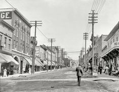 "Circa 1908. ""Lake Street, Petoskey, Michigan.""  #PetoskeyArea  http://www.PetoskeyArea.com"
