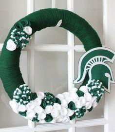 Michigan State University Inspired Yarn by TheLandofCraft Yarn Wreaths, Felt Wreath, Diy Wreath, Michigan State University, Michigan State Spartans, State Crafts, Msu Spartans, Sports Wreaths, Football Wreath