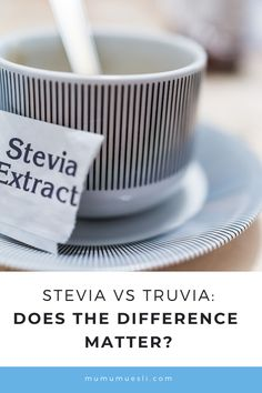 Stevia vs Truvia: the complete guide of these two similary - but conroversial - sweeteners! Do they belong on a clean eating food list at all? Clean Eating Food List, Healthy Eating Facts, Healthy Eating Guidelines, Low Sugar Recipes, No Sugar Foods, Growing Stevia, Top Food Blogs, High Energy Foods, Food Nutrition Facts