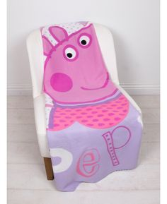 This wonderfully soft fleece blanket makes a great addition to a Peppa Pig themed bedroom. The blanket has a scalloped edge and features a happy Peppa on a pretty lilac and white background. Perfect for snuggling up on the sofa with whilst watching your favourite movies, this fleece is machine washable and tumble dryer safe on a low setting.