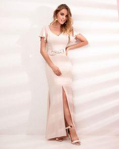 Vestido Divo !! #diaadia #vestido #nude #vestidolongo #vestidoleve #glamour #oqueusar #casamento