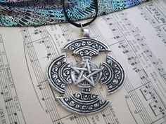 awesome Celtic Pentagram Necklace, wiccan jewelry pagan jewelry druid witch witchcraft m...