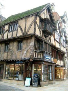 Beautiful tudor house in Oxford