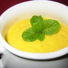 Pumpkin Soup 6 cups chicken stock 1 teaspoons salt 4 cups pumpkin puree 1 teaspoon chopped fresh parsley 1 cup chopped onion teaspoon chopped fresh thyme 1 clove garlic, minced cup heavy whipping cream 5 whole black peppercorns Creamy Pumpkin Soup, Pumpkin Puree, Sugar Pumpkin, Fall Recipes, Soup Recipes, Recipies, Do It Yourself Food, Soups And Stews, Low Carb Recipes