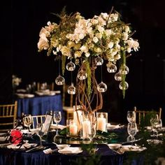 Cheap Wedding Table Centerpiece Ideas - Put the Ring on It Unique Centerpieces, Wedding Table Centerpieces, Flower Centerpieces, Reception Decorations, Tree Branch Centerpieces, Centrepieces, Centerpiece Ideas, Wedding Reception Planning, Wedding Day