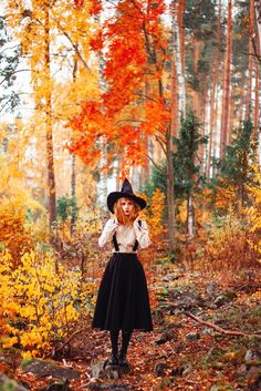 Starting our yearly themed IG feed. Please use to submit your image. Witch please Magical linen skirt blouse from Witch Photos, Halloween Photos, Vintage Halloween, Fall Halloween, Halloween Halloween, Halloween Makeup, Simple Halloween Costumes, Witches Costumes For Women, Witch Costumes