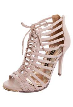 f5d67b13c 17 melhores imagens de calçados via marte