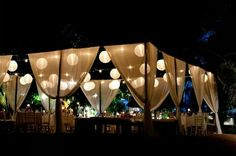 outdoor wedding reception inspiration www.theluxepearl.com