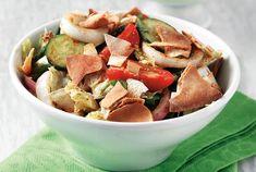 Salad with fresh vegetables and arabic pita recipe - Heavenly Recipes Pita Recipes, Mango Recipes, Baking Recipes, Salad Recipes, Yummy Food, Tasty, Food Categories, Arabic Food, Fresh Vegetables