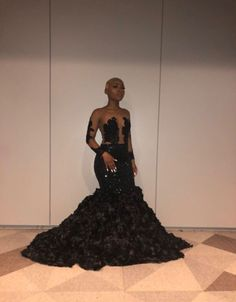 ( 🧸🖤 ) - Source by theyadmireaissata - Black Girl Prom Dresses, Senior Prom Dresses, Prom Dresses For Teens, Cute Prom Dresses, Prom Dresses Long With Sleeves, Prom Outfits, Beautiful Prom Dresses, Dress Prom, Fashion Outfits
